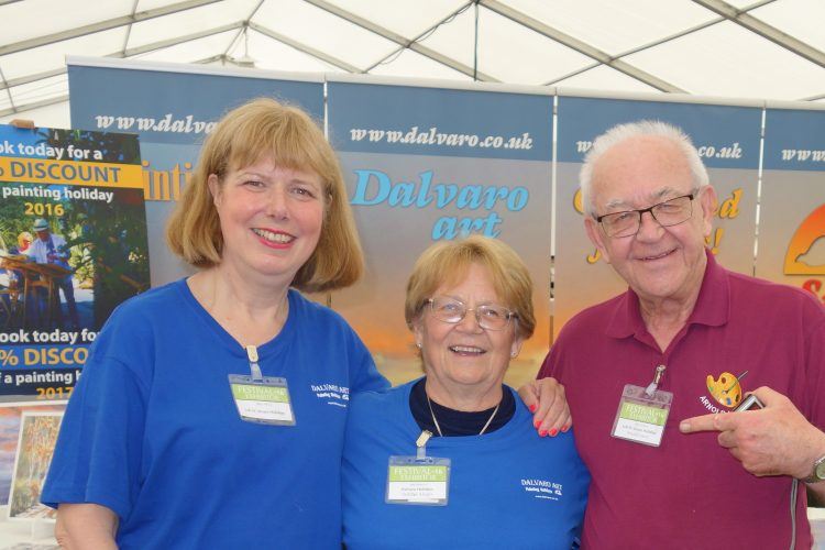 Sue with Loli and Arnold Lowery at Patchings
